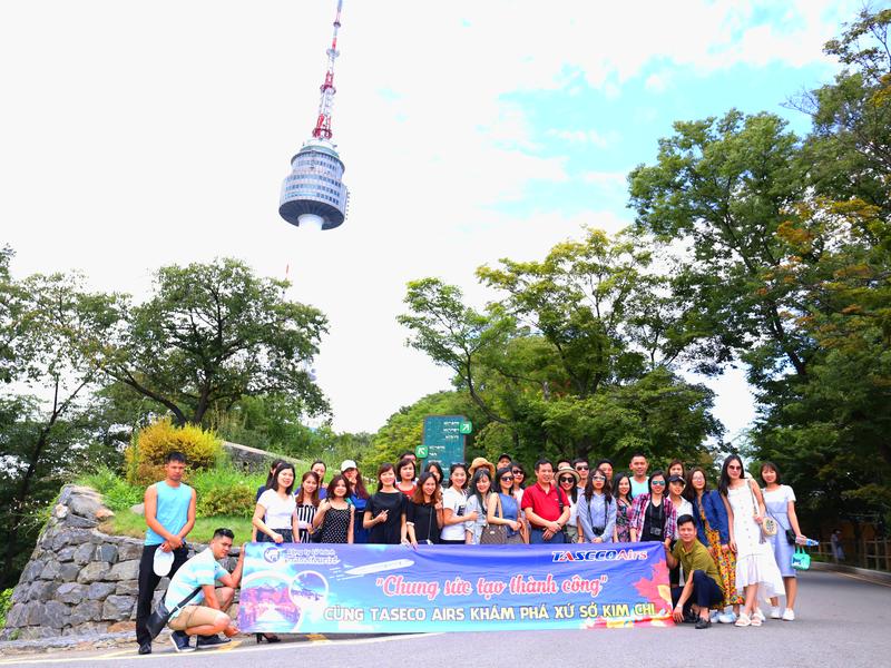 Chào mừng đoàn Taseco Air khám phá Hàn Quốc cùng Hanoitourist