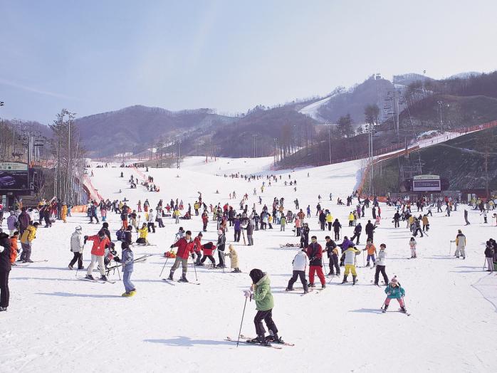Tour du lịch trượt tuyết Ski Resort - khám phá Hàn Quốc